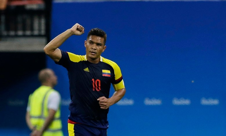 2016 Rio Olympics - Soccer - Preliminary - Men's First Round - Group B Sweden v Colombia - Amazonia Stadium - Manaus, Brazil - 04/08/2016. Teofilo Gutierrez (COL) of Colombia reacts after scoring a goal. REUTERS/Bruno Kelly   FOR EDITORIAL USE ONLY. NOT FOR SALE FOR MARKETING OR ADVERTISING CAMPAIGNS.