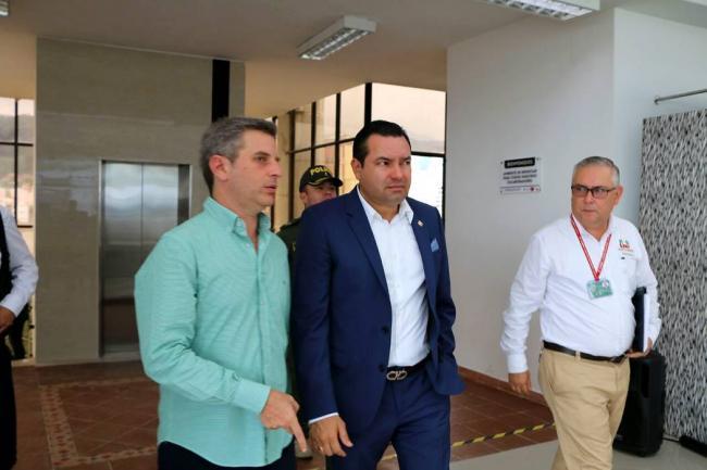 gobierno_en_las_regiones_llego_a_santander