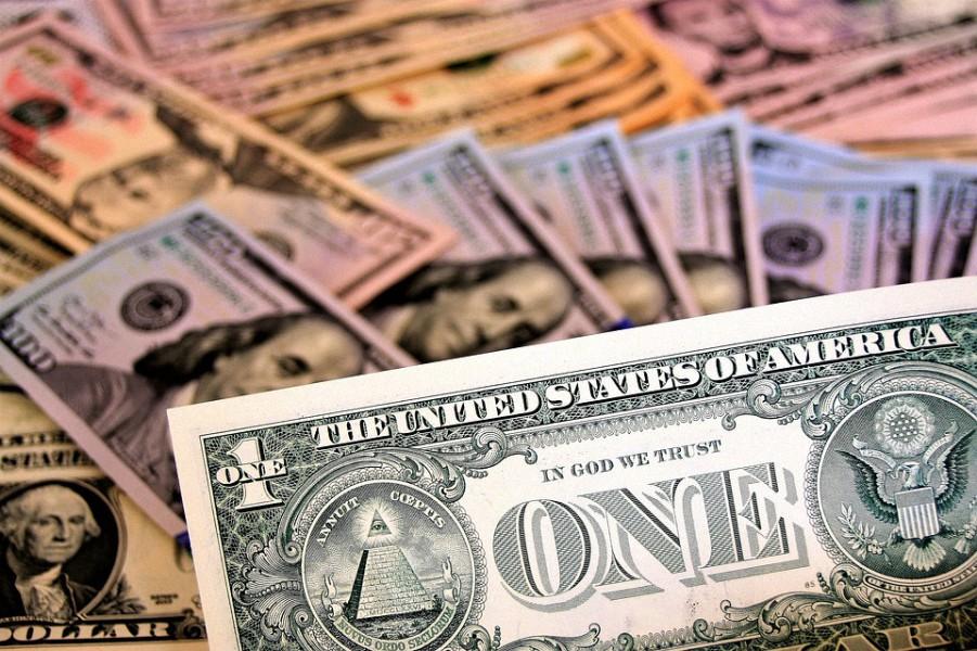 ¿Hora de empezar a temblar? Pronostican una caída del dólar de un 30%