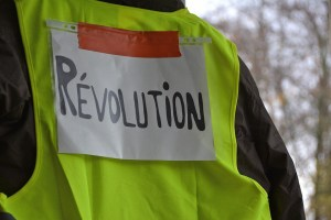 El descontento de los chalecos amarillos se contagia a toda Europa