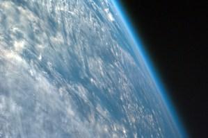 Satélite ruso detecta fenómenos desconocidos en la atmósfera de la Tierra