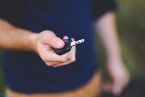 """Una """"fuerza inexplicable"""" bloquea los llaveros de auto en una localidad de Canadá"""