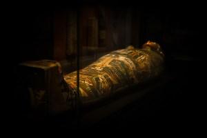 Descubren en Egipto un cementerio de 4.500 años cerca de las pirámides de Giza