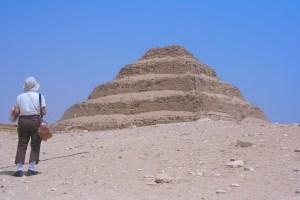 Egipto: Hallan decenas de momias de 2.000 años cerca de una antigua pirámide