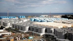 Verter aguas radioactivas de Fukushima al océano es la única opción para el ministro japonés de Medioambiente
