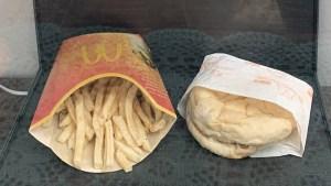 """Hamburguesa inmortal: el último pedido de McDonald's servido en Islandia hace 10 años sigue """"tan fresco"""""""