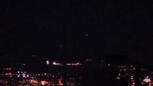 Extraños objetos cayendo del cielo sobre Las Vegas