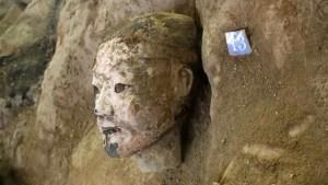 Arqueólogos encuentran cientos de guerreros del Ejército de terracota del primer emperador chino