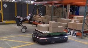 ¿Rebelión de máquinas? Unos robots se encargan de todo el trabajo en un almacén