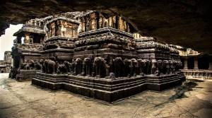 """Kailasa: encontrado un antiguo templo """"cortado a láser"""" en la India"""