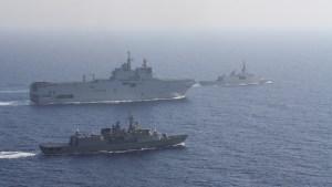 """Francia le da 2 meses a Turquía para """"poner fin a sus peligrosas aventuras"""" y la amenaza con medidas en caso contrario"""