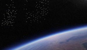 La Estación Espacial Internacional vuelve a grabar una flota de cientos de ovnis acercándose a la Tierra