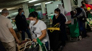 La pobreza severa se dispara en España por la pandemia y superará el 10 % de la población, según un nuevo informe