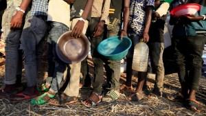 """""""La gente no está muriendo de hambre, la están matando de hambre"""": Más de 260 ONGs llaman a los gobiernos a hacer frente a las hambrunas en el mundo"""
