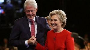 Muere periodista que investigaba a los Clinton
