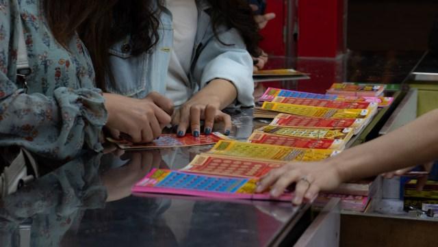 Muere en la soledad de su casa la mujer que declaró que los 37 millones de dólares que ganó en la lotería arruinaron su vida