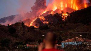 Experto advierte que un código bíblico oculto predice que España será arrasada por una erupción volcánica y un tsunami