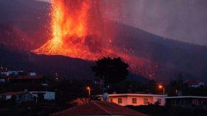 Investigadores advirtieron en agosto que volcanes como el Cumbre Vieja pueden provocar una catástrofe mundial