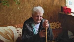 Hombre que desapareció hace 30 años aparece hace unos días con la misma ropa frente a su casa en un misterioso automóvil
