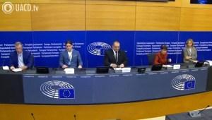 Trabajadores del Parlamento Europeo denuncian la obligación del Pasaporte Covid para acceder a su trabajo (Varios parlamentarios en apoyo)