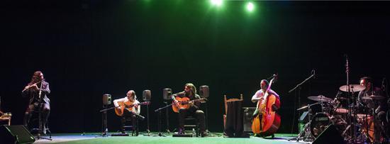 Flamenco Universal. Habichuela, Jorge Pardo. todo el quinteto. Foto Manuel Montaño