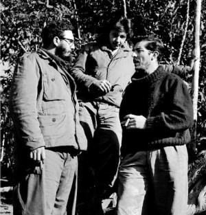 Fidel y Raúl Castro entrevistados por Enrique Meneses
