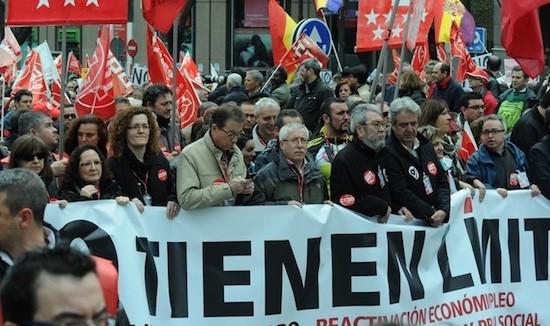 1 de mayo de 2013 en Madrid, los líderes sindicales de UGT y CCOO encabezan la manifestación