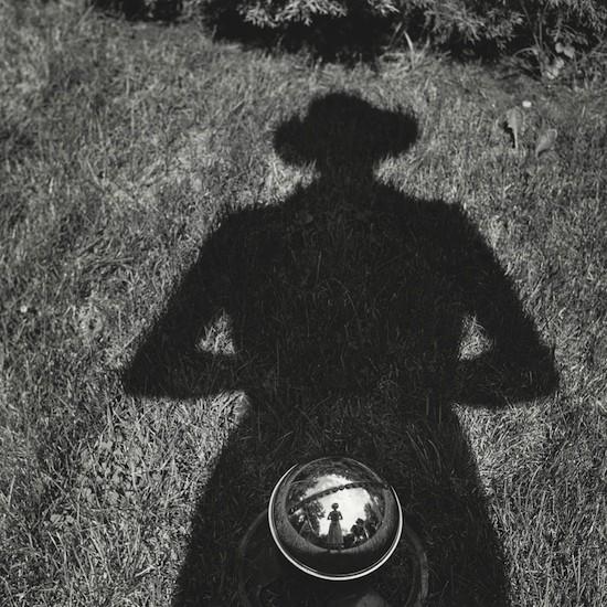 Autorretrato. S.f. © Vivian Maier, Maloof Collection, Cortesía Howard Greenberg Gallery, Nueva York
