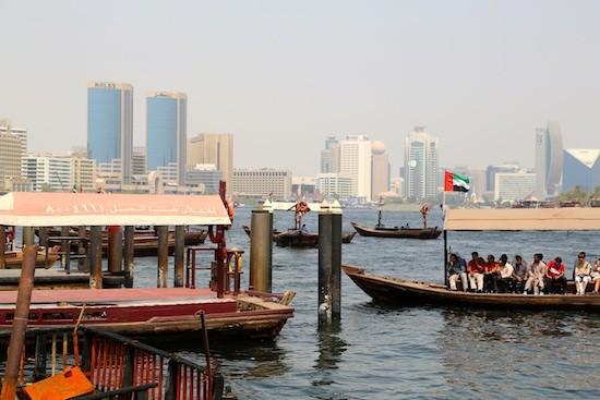 JB3-Dubai-canal-canoas-abras