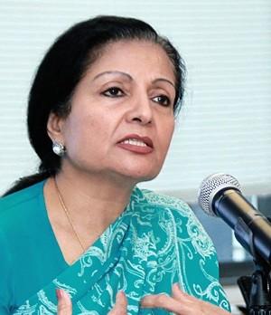 Lakshmi Puri, directora ejecutiva interina de ONU Mujeres y secretaria general adjunta de la ONU