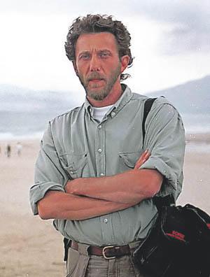 Javier Bauluz en la playa de Tarifa