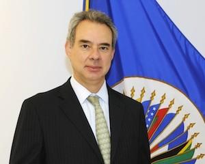 Rodrigo Escobar Gil, comisionado de la CIDH