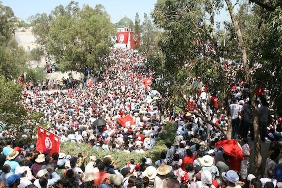 Tunez-funeral-Mohammad-Brahimi_LouiseSherwood-IPS
