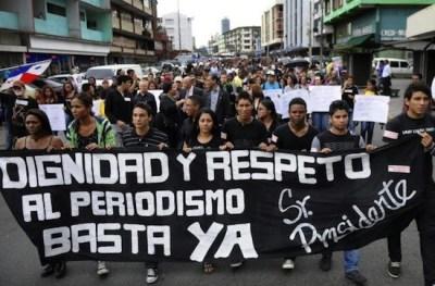 Periodistas mexicanos piden respeto para el ejercicio profesional