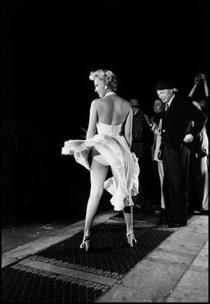 Marilyn Monroe en La tentación vive arriba de Billy Wilder. Magnum Photos: Elliott Erwitt