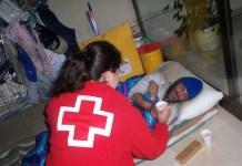 Cruz Roja mantiene una línea de trabajo permanente con personas sin techo