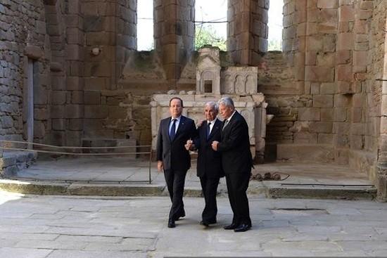 Hollande, Robert Hébras, Gauk