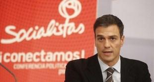 """Pedro Sánchez en un cartel de propaganda del PSOE con el lema """"conectamos"""""""