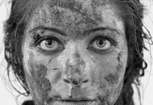 """Silvia Navarro, """"Mujeres de barro"""". Finalista del VII Premio ILLA Fotografía 2014"""