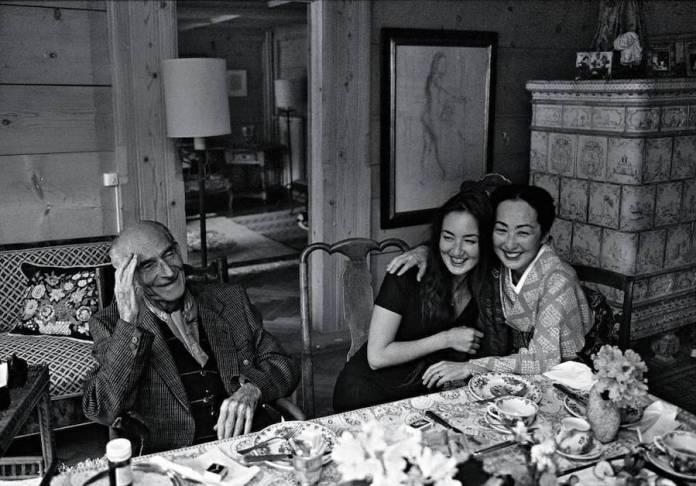 Balthus con su hija Harumi y su esposa Setsuko