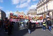 Julio Feo: pancarta por el clima en la manifestación de París del 16 de marzo de 2019