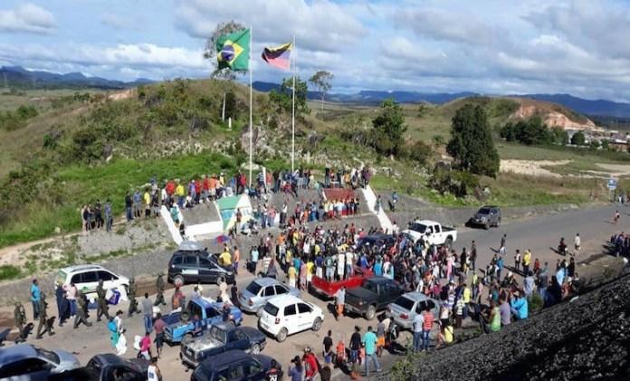 La Gran Sabana, territorio de los Pemones, tiene la única carretera pavimentada entre Venezuela y Brasil.
