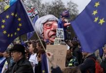 Theresa May caracterizada como mentirosa en la manifestación contra el Brexit en Londres, 23 de marzo de 2019