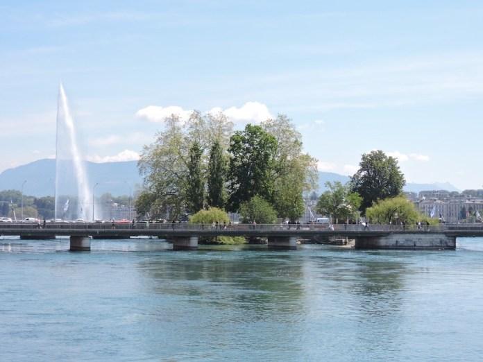 ABianco Ginebra Fuente agua Ródano