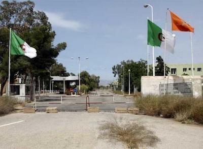 Puesto fronterizo entre Argelia y Marruecos