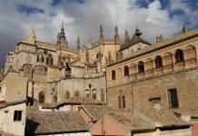 Vista de la catedral desde la terraza de la Posada de Manolo
