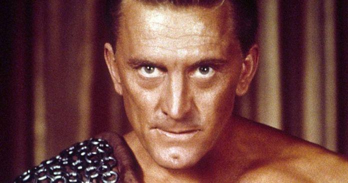 Kirk Douglas en un fotograma de Espartaco