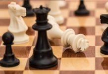 Fichas y tablero de ajedrez