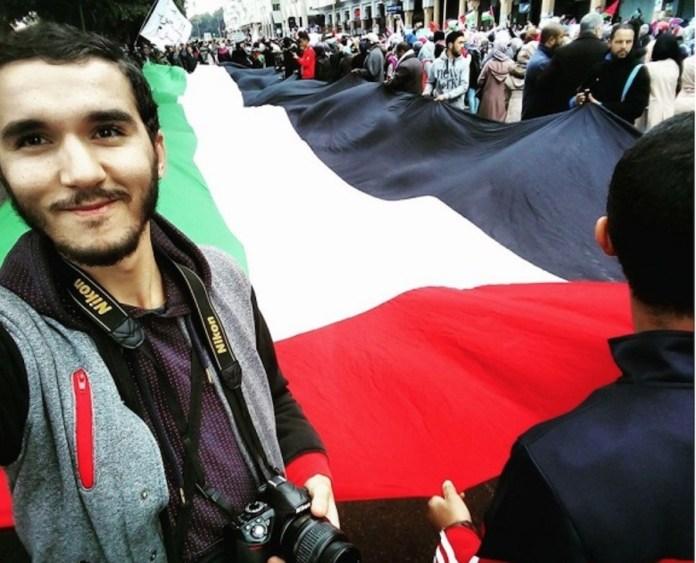 Yassir Abbadi en una manifestación propalestina