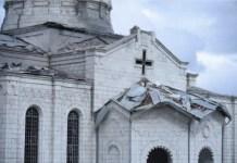 Bombardeo azerí en la catedral de Sushi